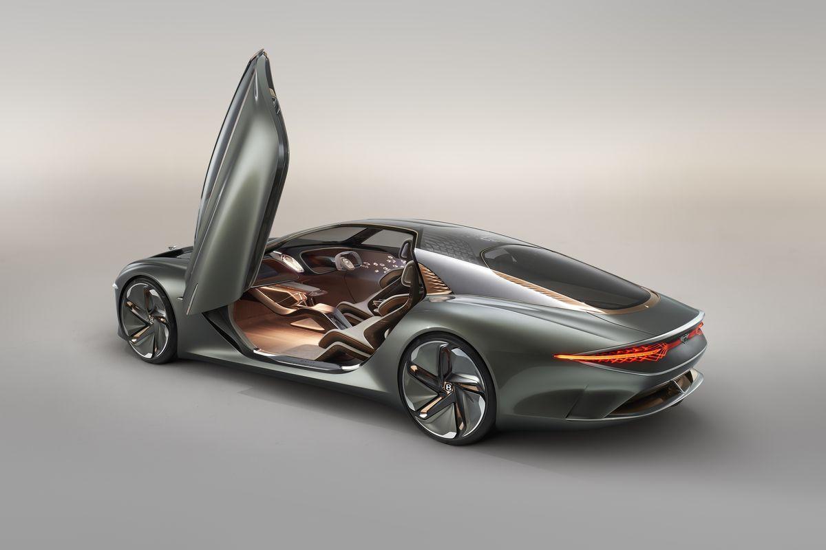 BentleyEXP_100GT_2019_AutoRok_11