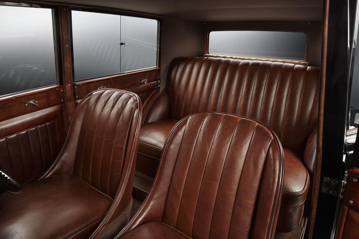 BentleyMulsanne_2019_AutoRok_08