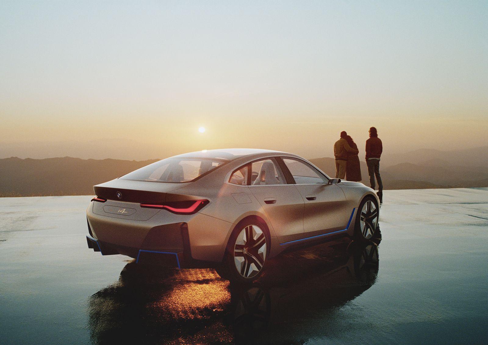 BMW_i4_2021_04