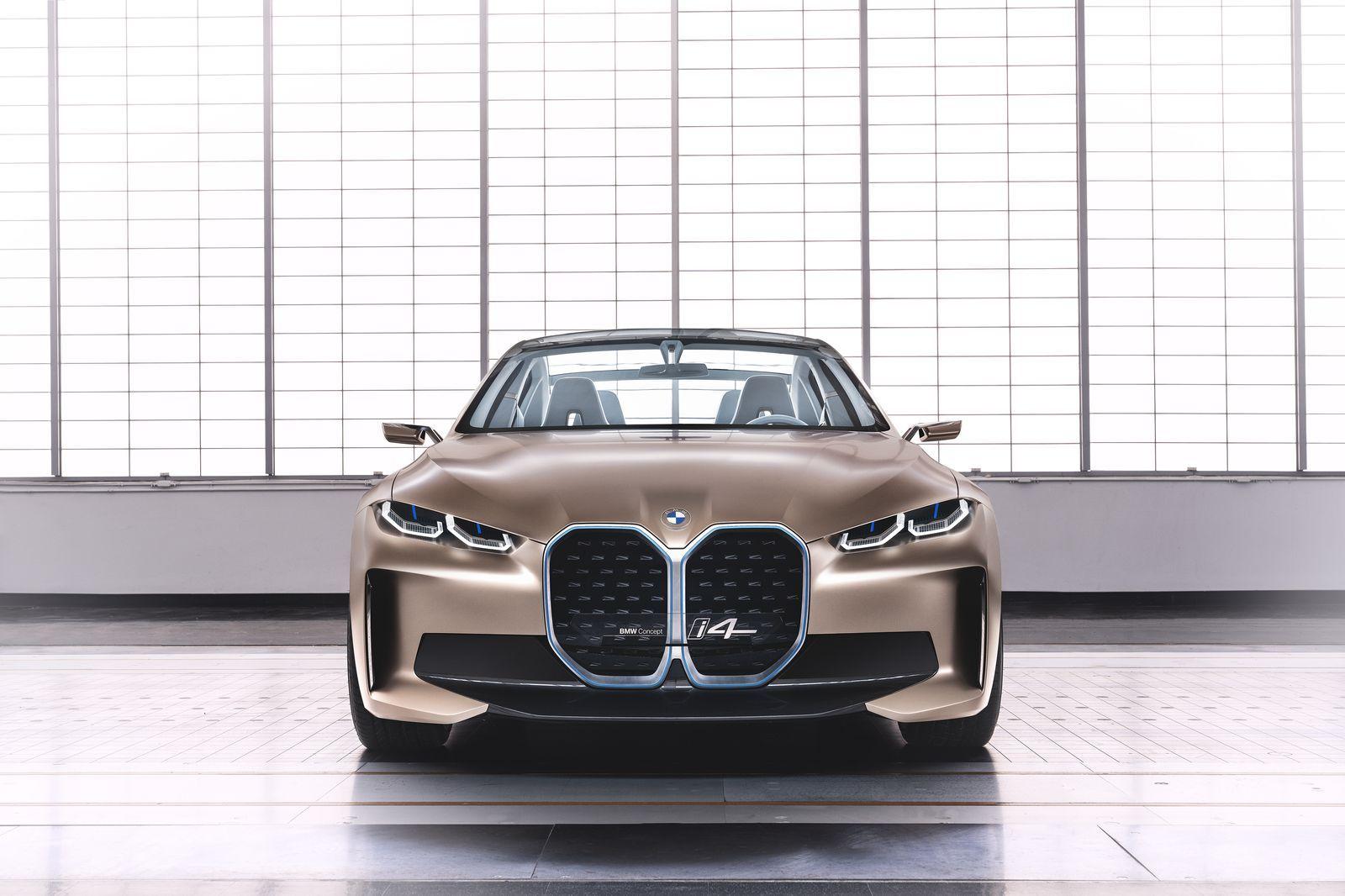 BMW_i4_2021_12