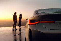 BMW_i4_2021_11
