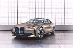 BMW_i4_2021_13