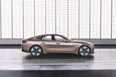 BMW_i4_2021_14