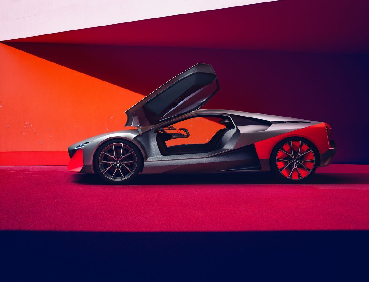 BMW_VisionMNext_2019_04