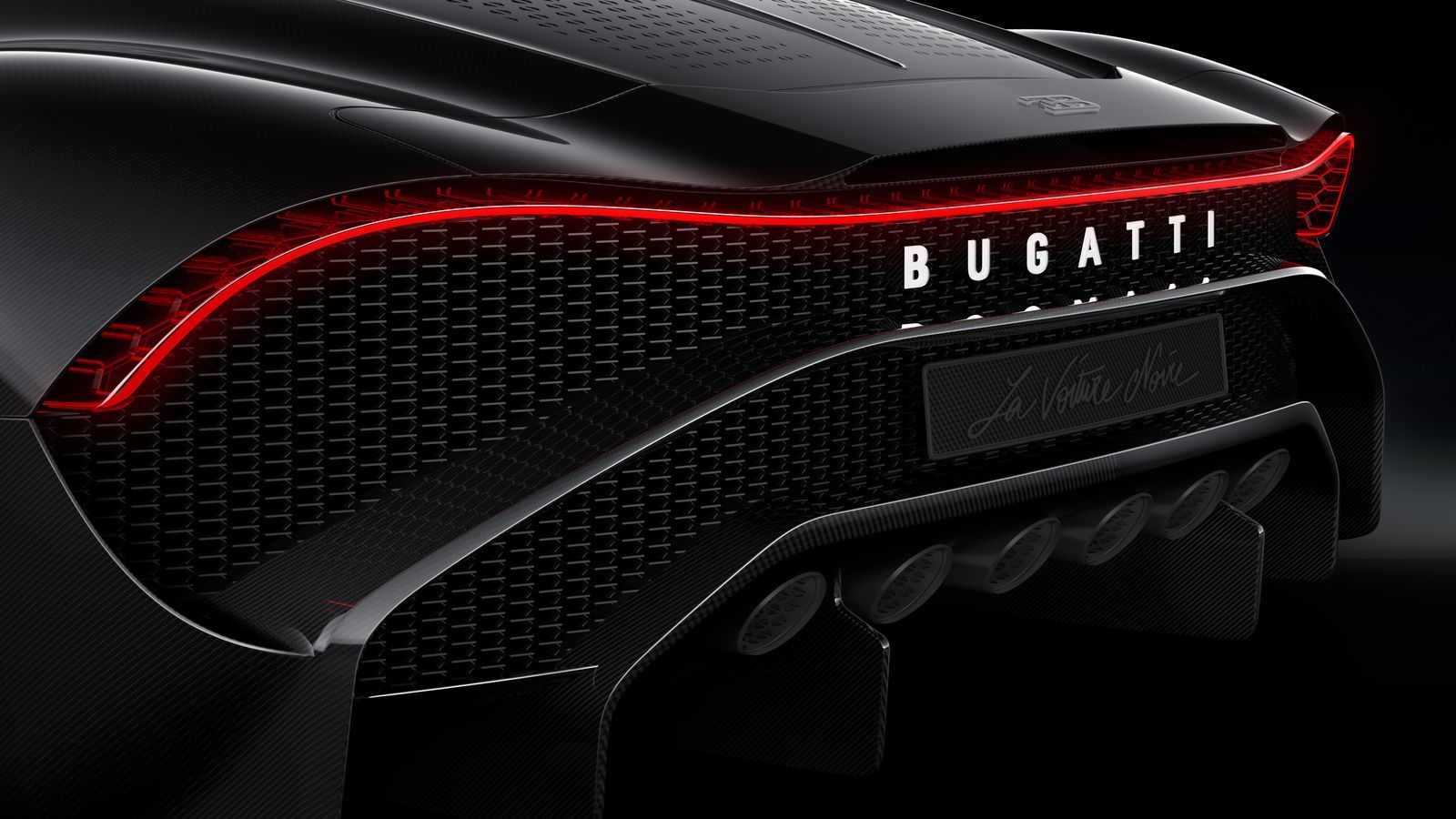 BugattiLaVoitureNoire_AutoRok_2019_11