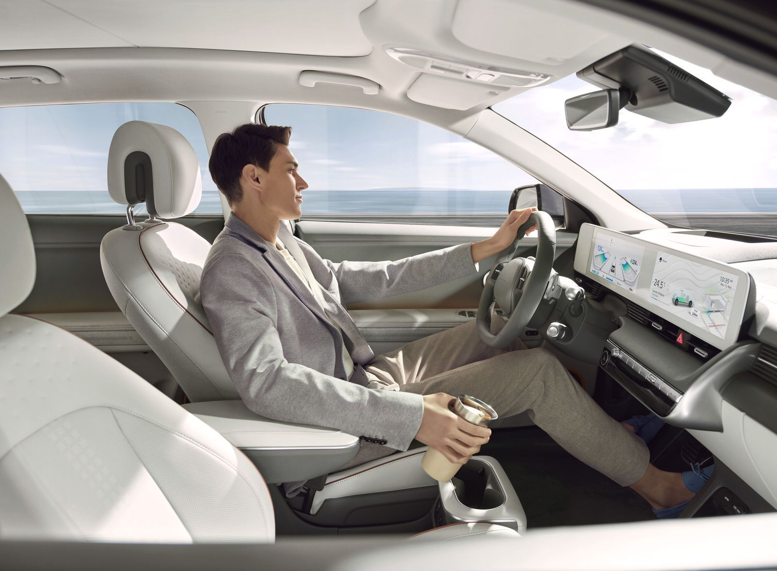 011_IONIQ_Lifestyle_DrivingMode