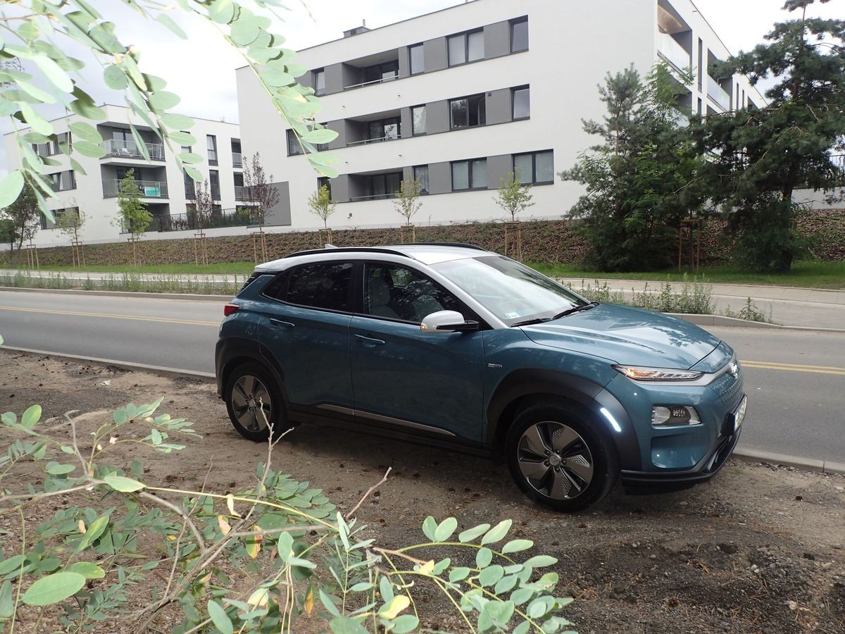 HyundaiKonaElectric_2019_Test_AutoRok_01