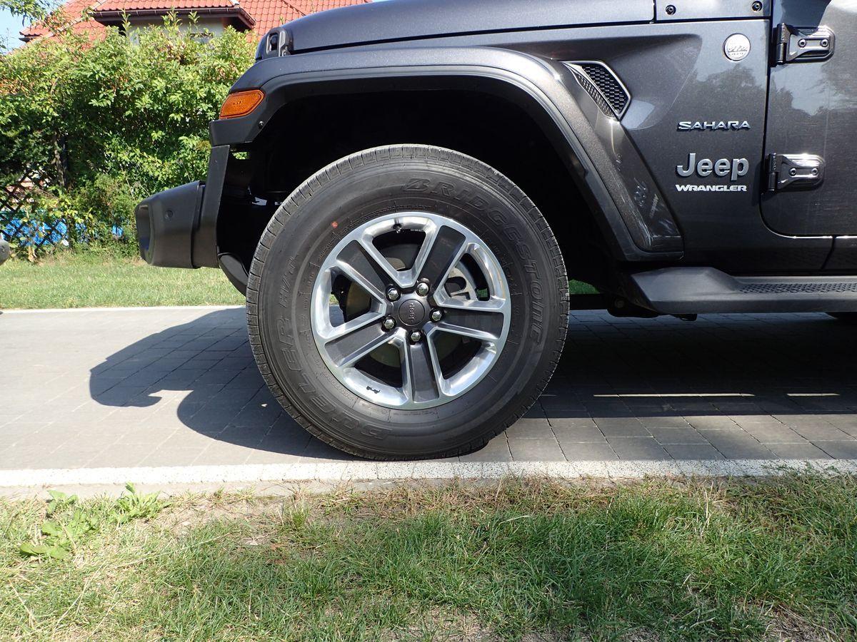 JeepWrangler_AutoRok_2019_10