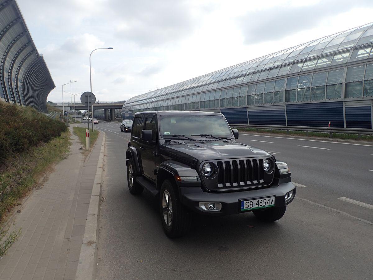 JeepWrangler_AutoRok_2019_23