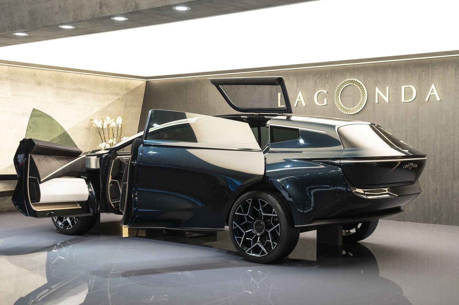 Lagonda_all_terrain_AutoRok_2019__01