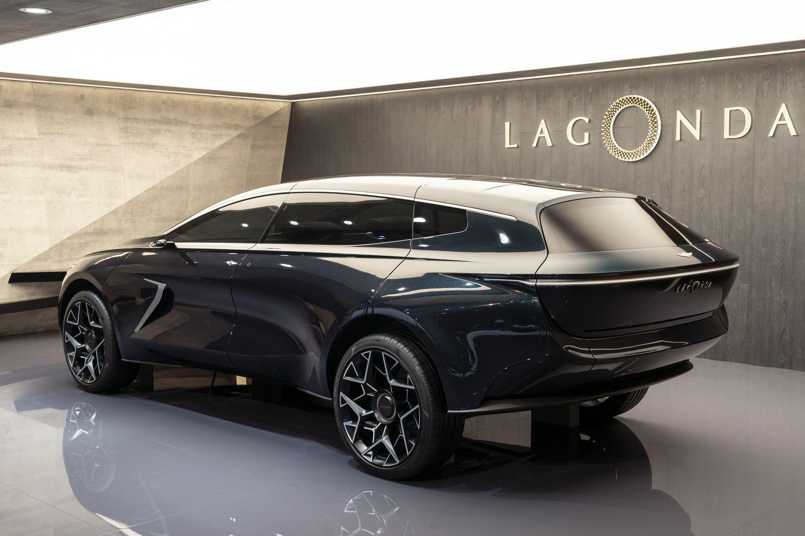 Lagonda_all_terrain_AutoRok_2019__12