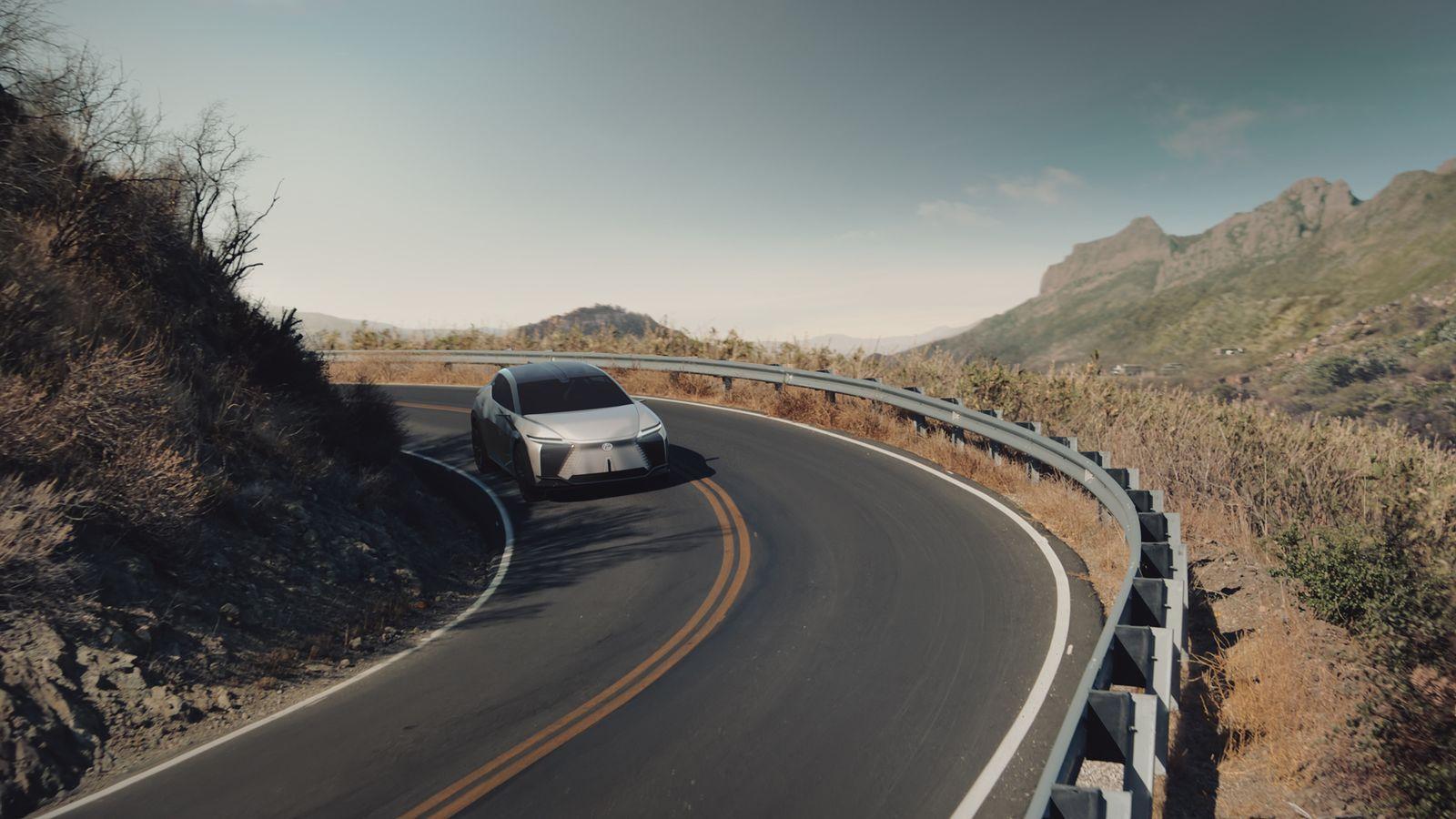 LexusLF-Z-Electrified_2021_16