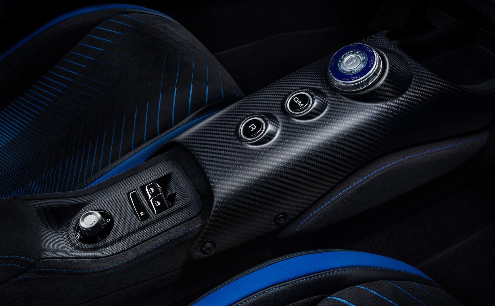 MaseratiMC20_2021_16