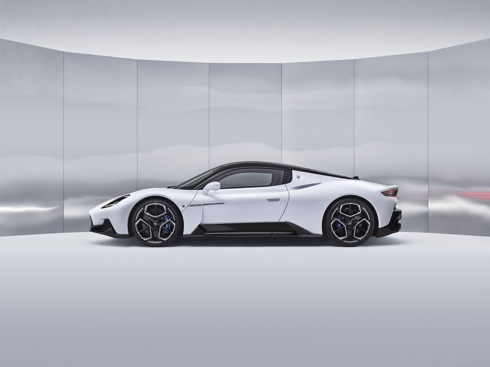 MaseratiMC20_2021_36