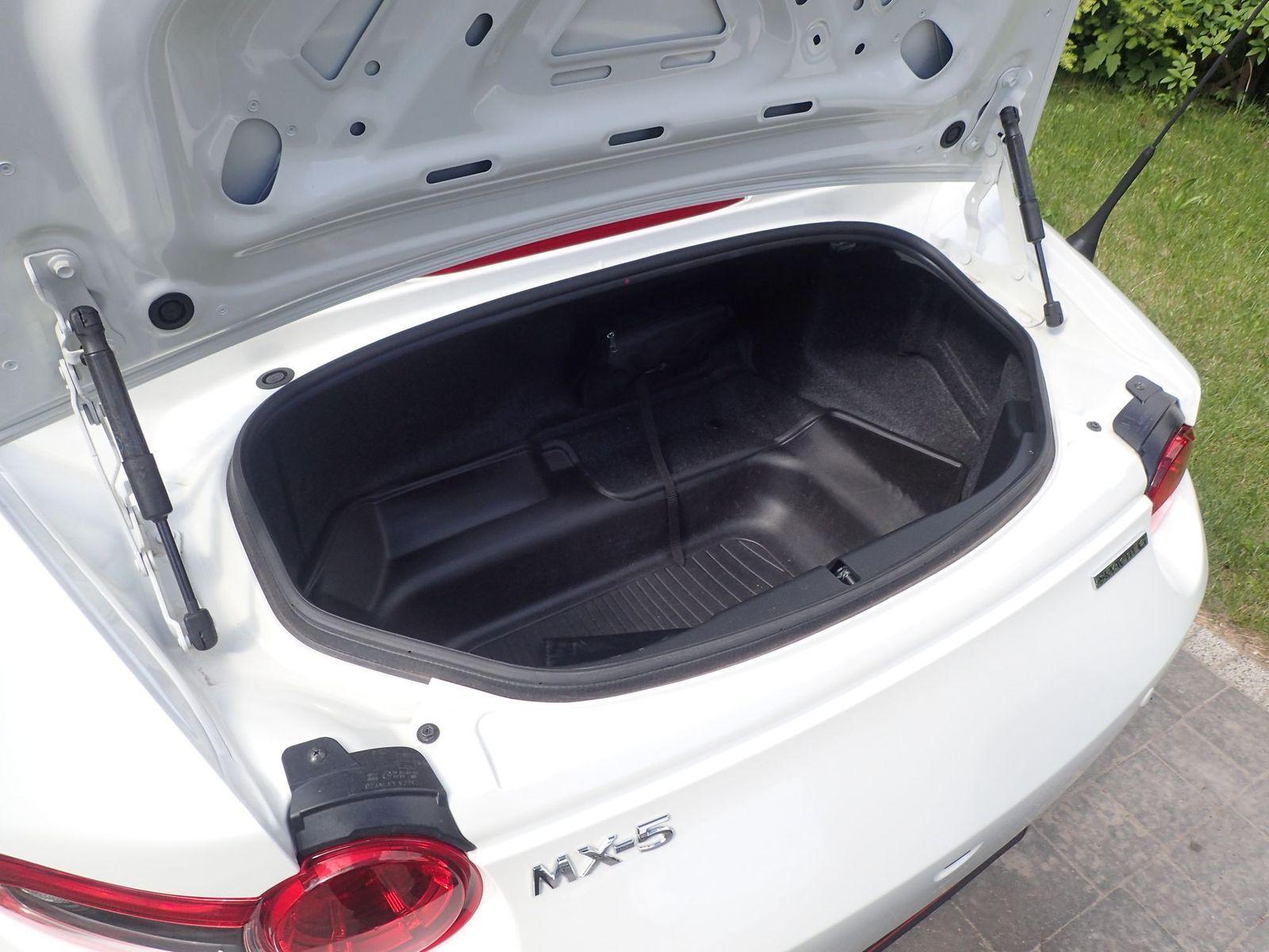 Mazda_MX-5_test2021_06