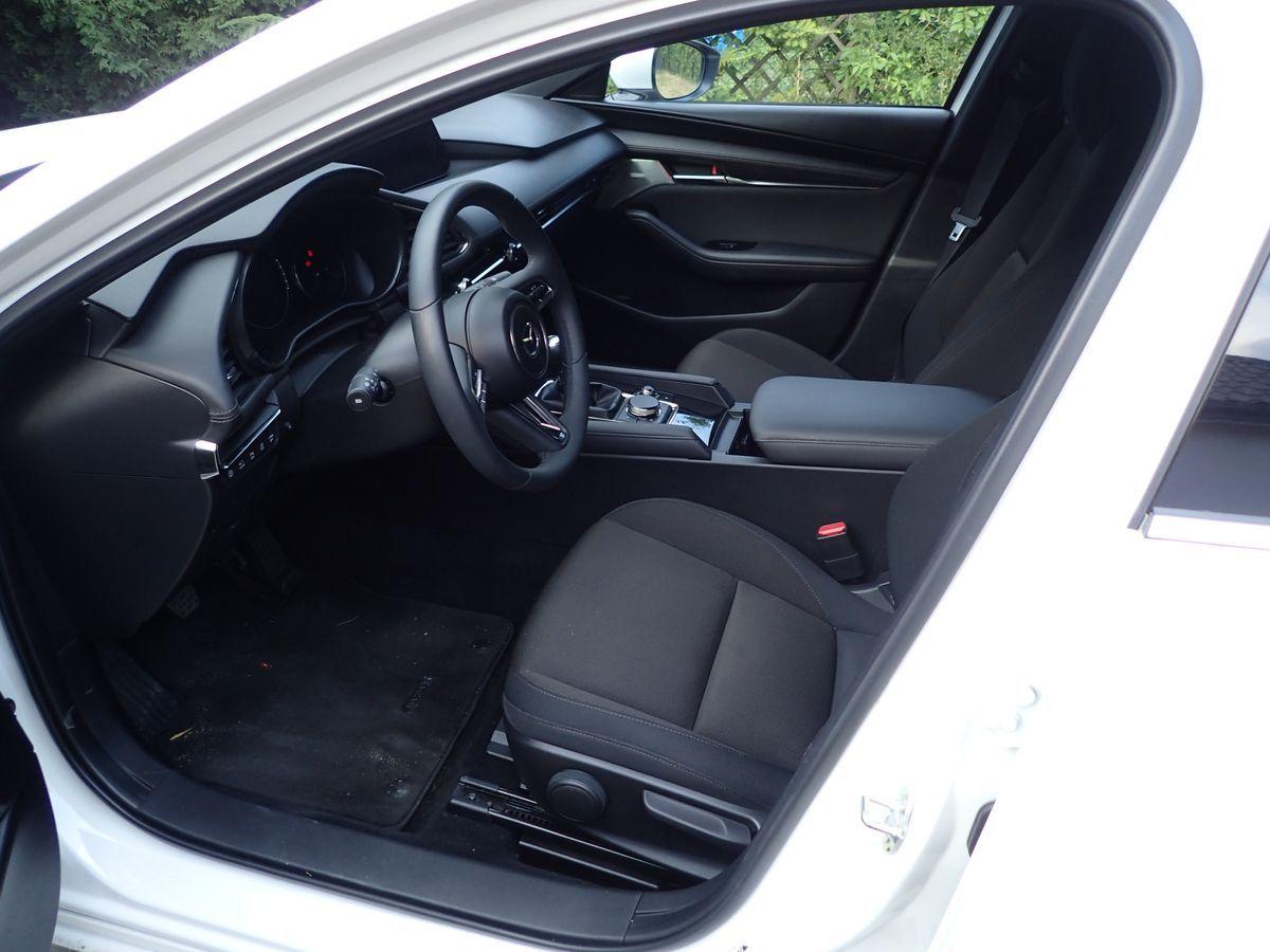 Mazda3_Test_AutoRok_2019_04_1