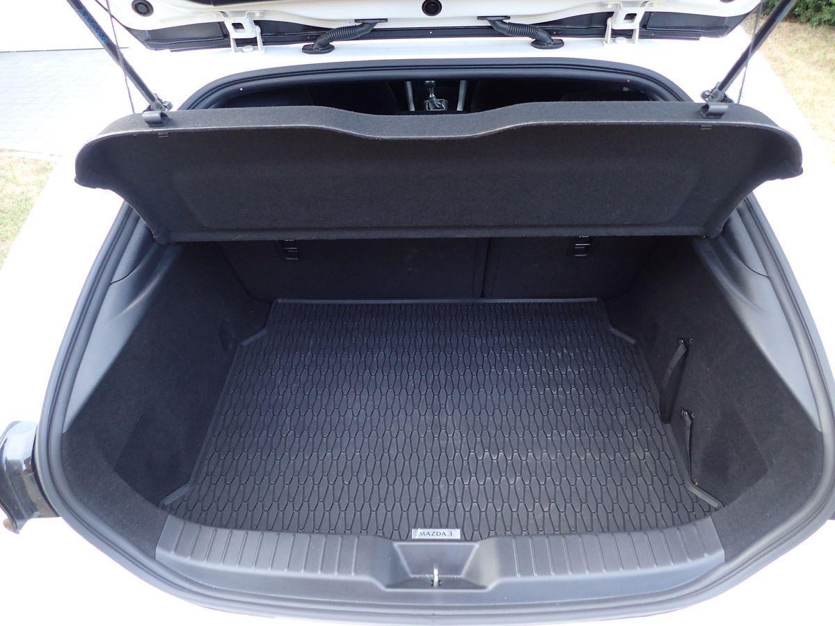 Mazda3_Test_AutoRok_2019_08_1