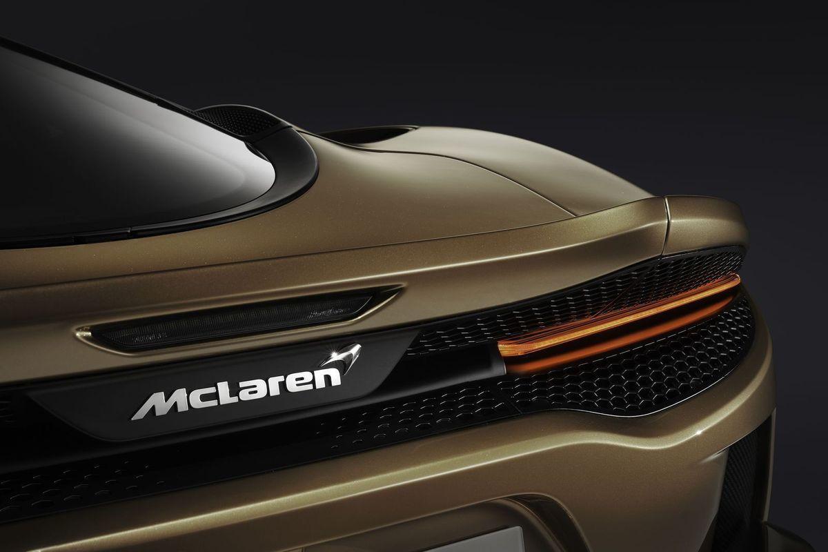 McLarenGT_2019_AutoRok_24