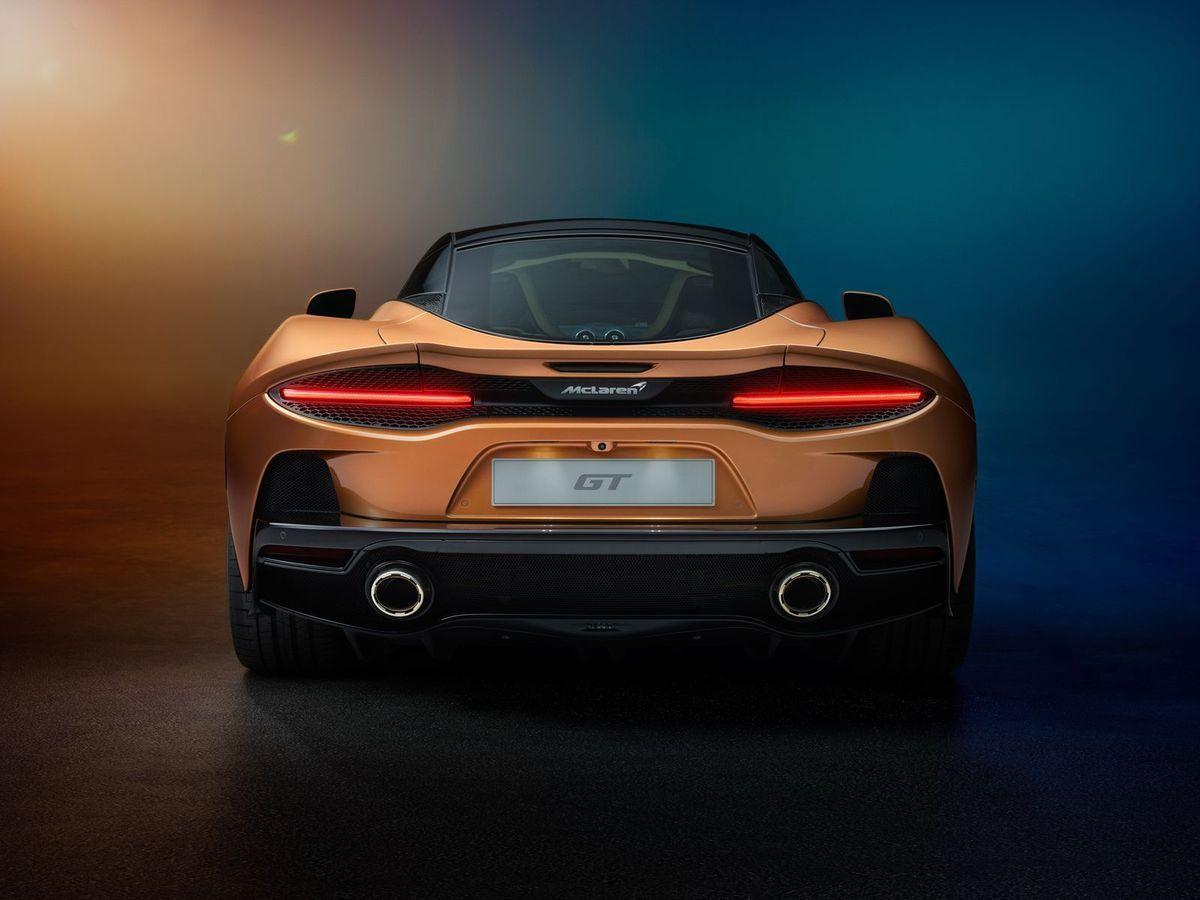 McLarenGT_2019_AutoRok_28