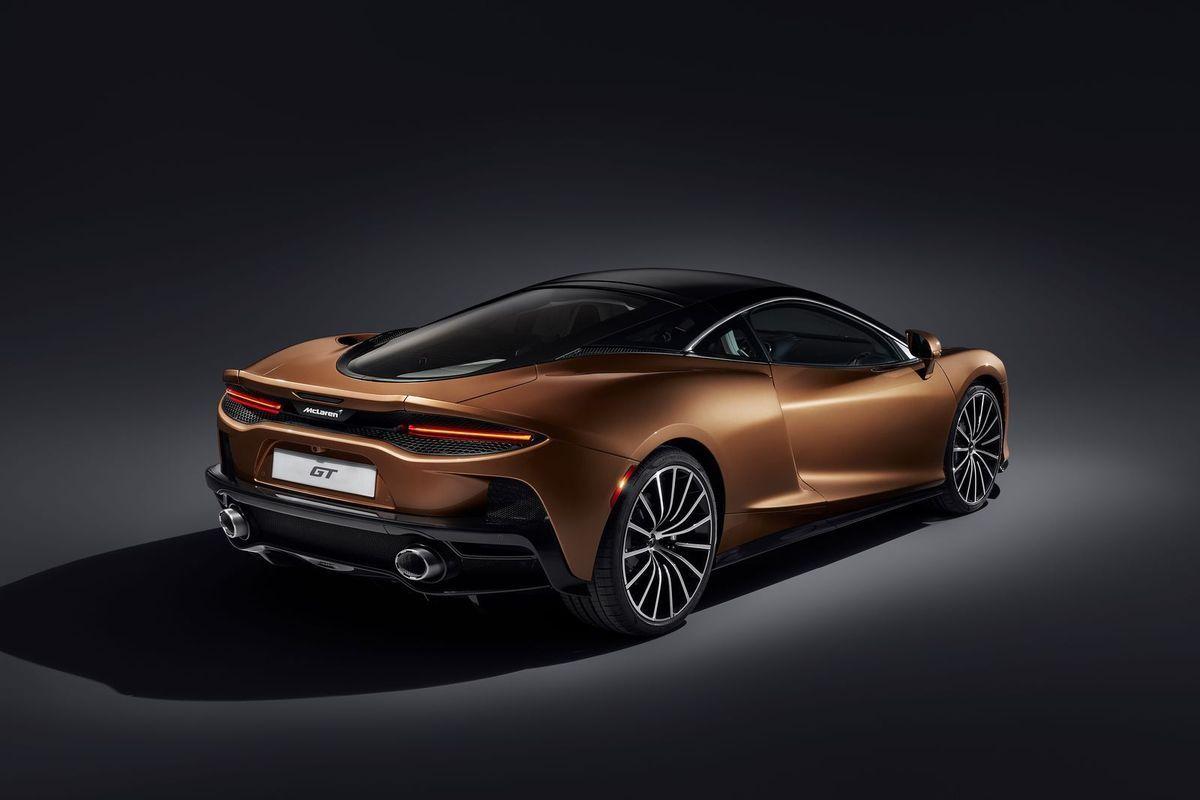 McLarenGT_2019_AutoRok_34