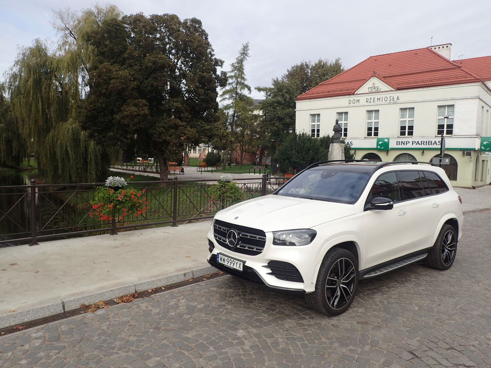 MercedesGLS_testAurorok_2020_01