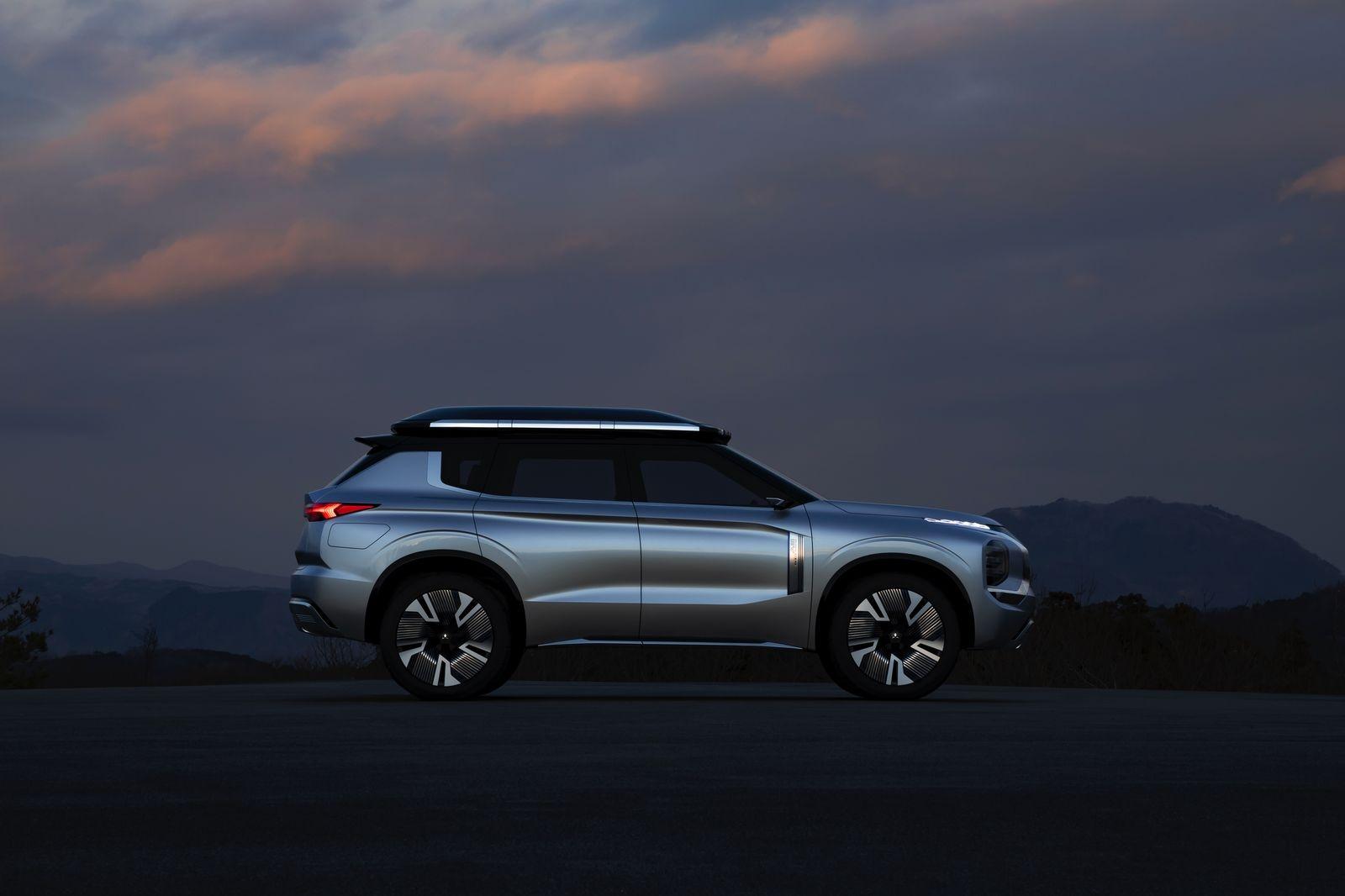 MitsubishiEngelbergTourer_AutoRok_2019__10