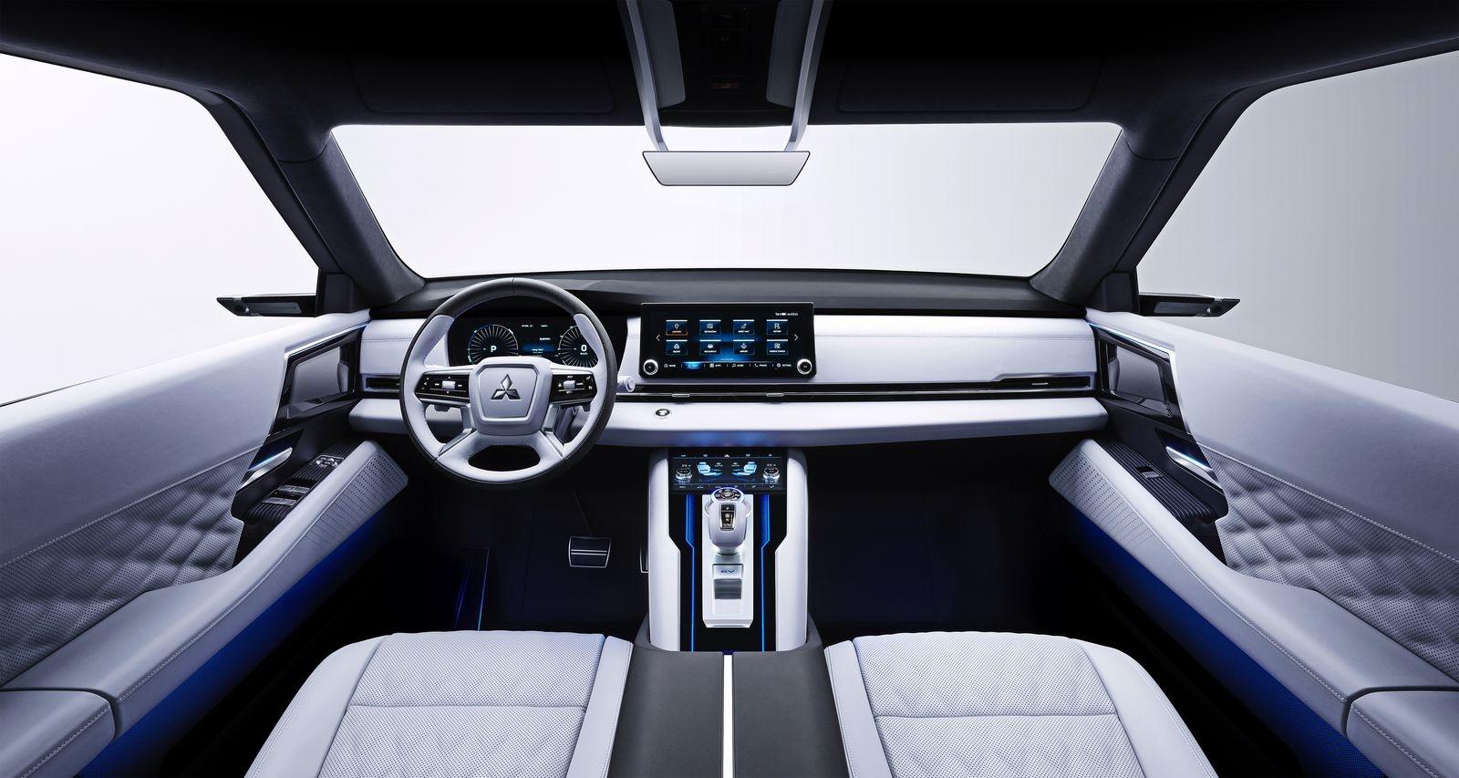 MitsubishiEngelbergTourer_AutoRok_2019__11