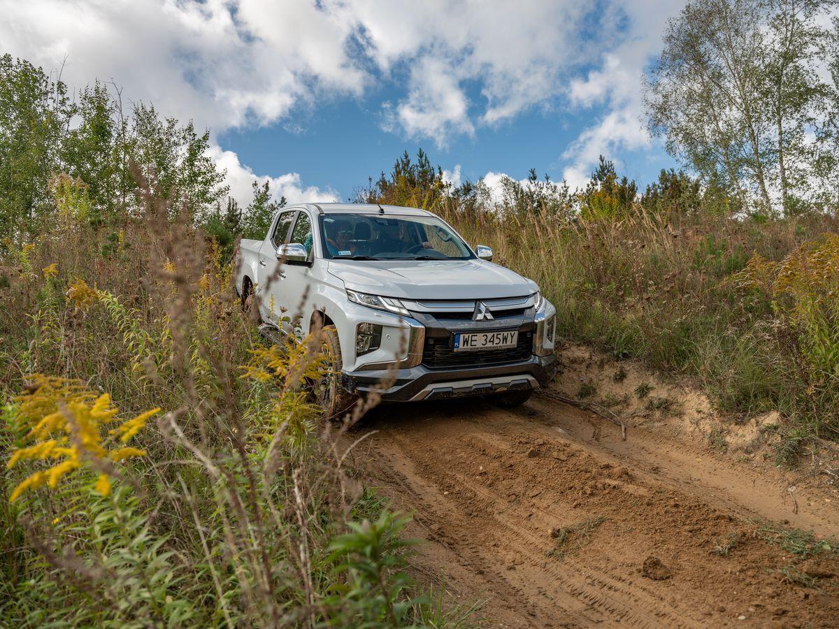 MitsubishiL200_2019_AutoRok_31