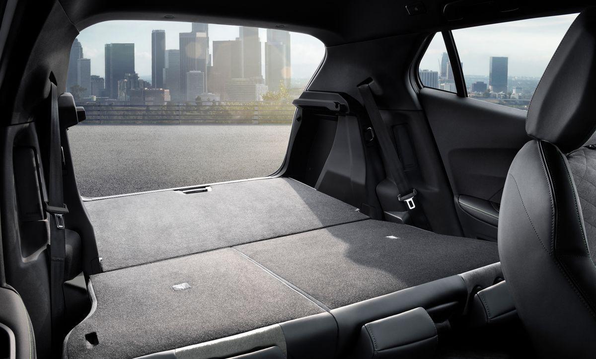 Peugeot2008_2019_AutoRok_29