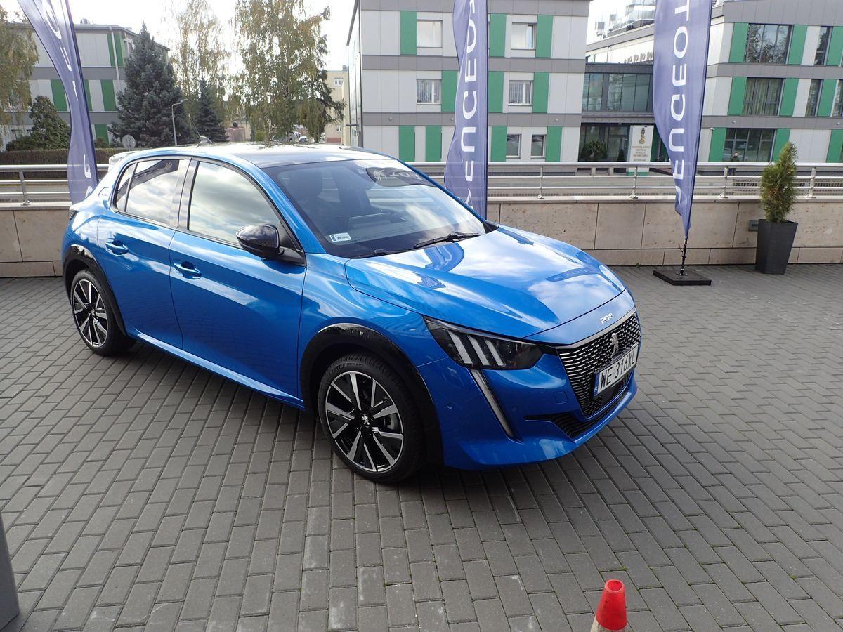 Peugeot_208_cotyPL_2019_01