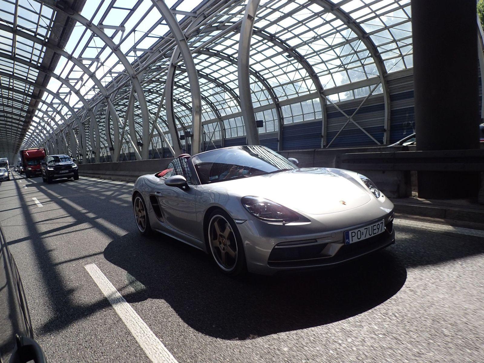 PorscheBoxster_TestAutoRok_2021_01