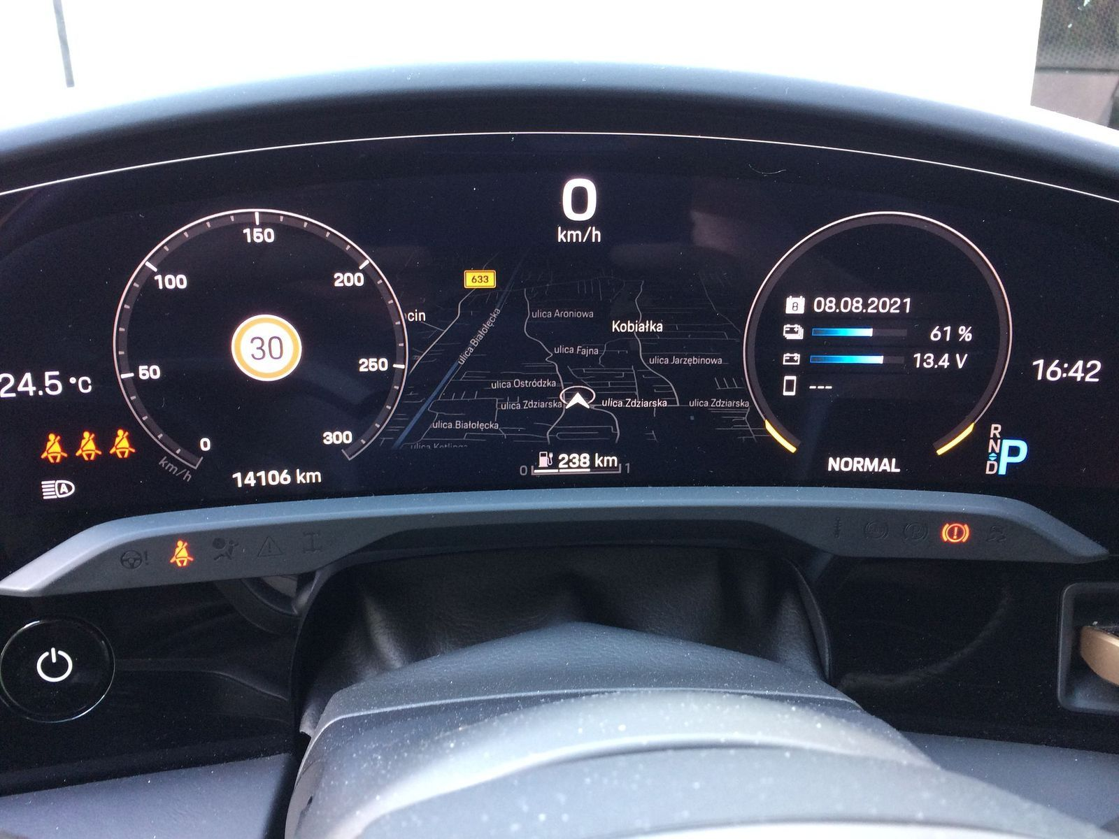 PorscheTaycan_testAutoRok_2021_08