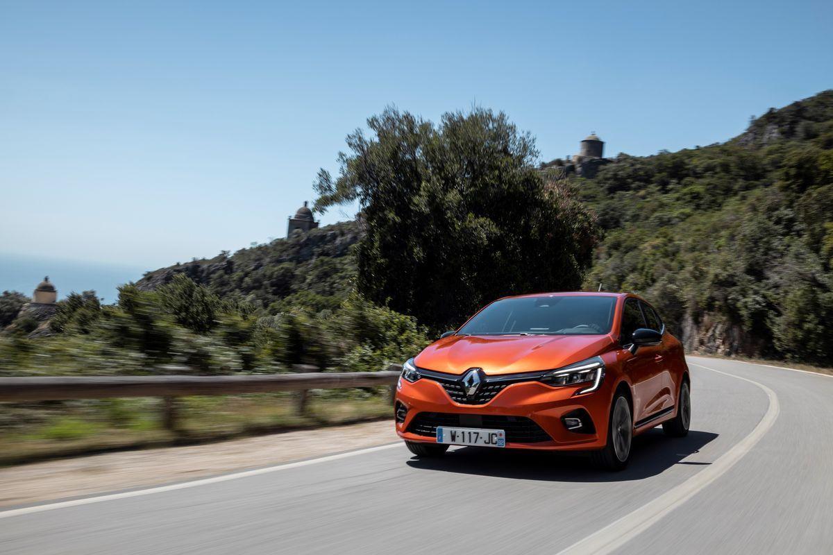RenaultClio_2019_AutoRok_21