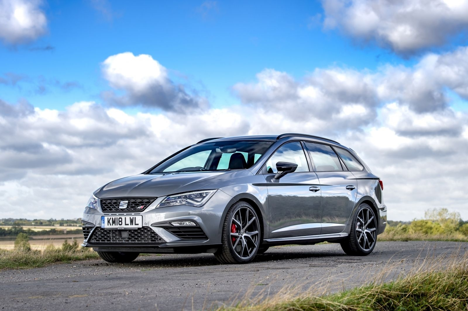 SeatLeonSTCupra370Carbon_2018__08