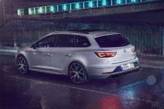 SeatLeonSTCupra370Carbon_2018__01