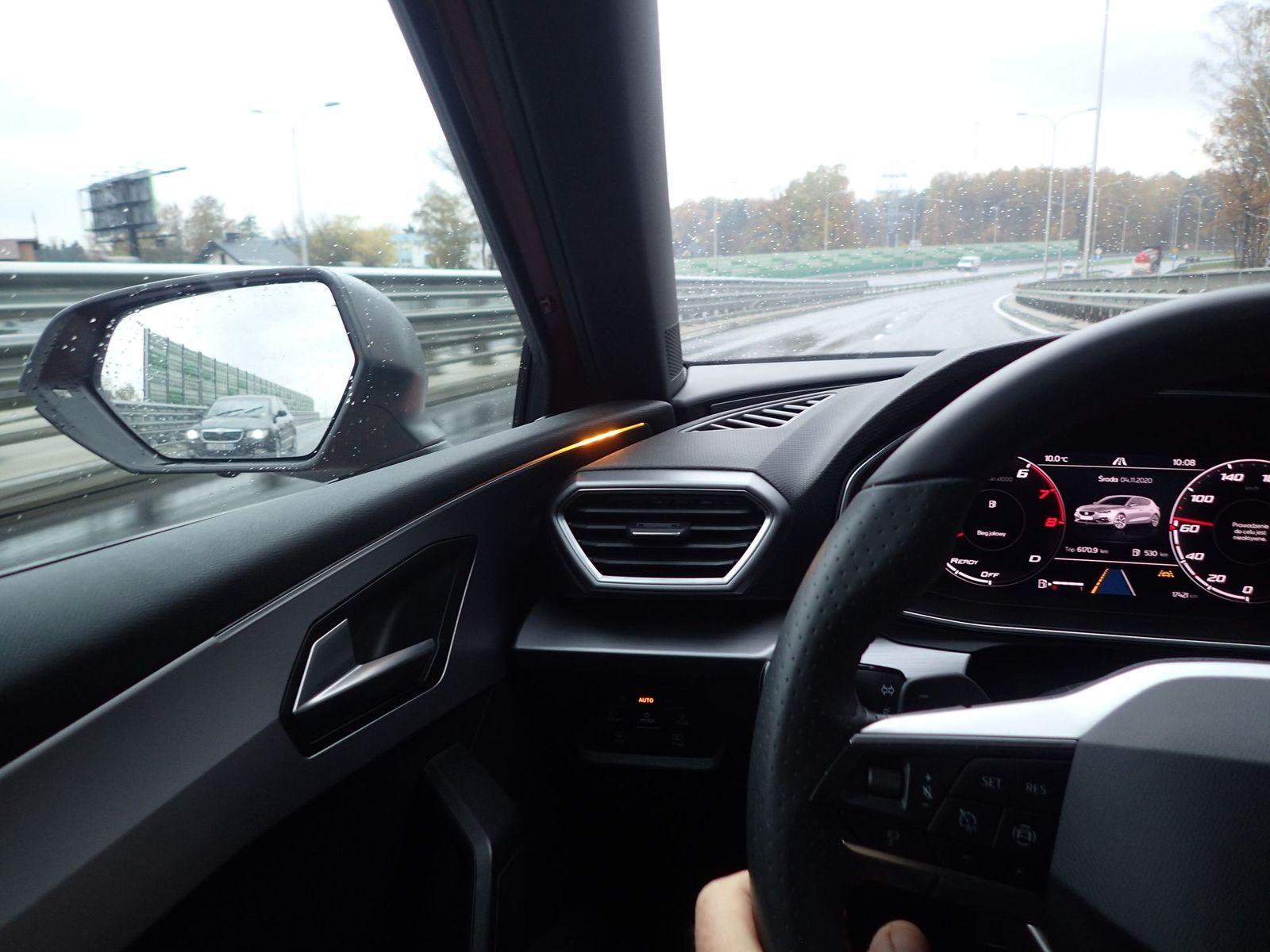 Seat_Leon_test2020_10