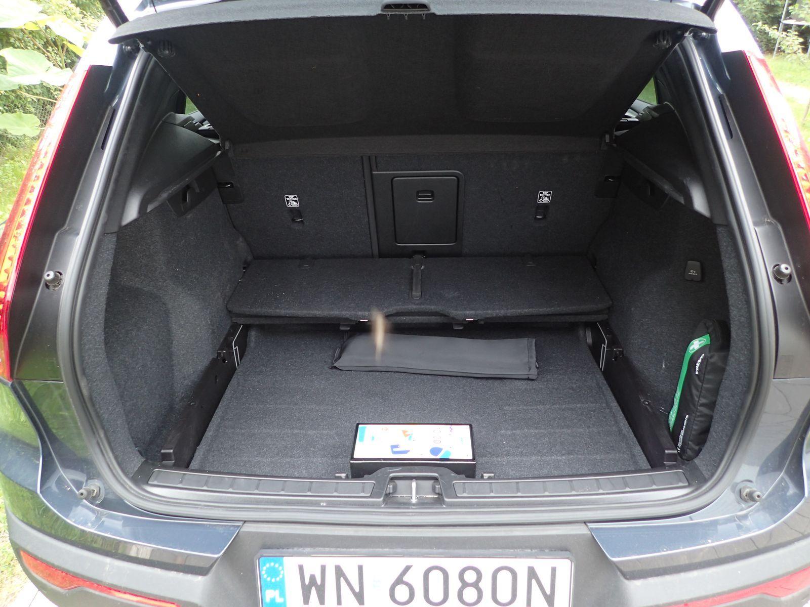 VolvoXC40T5_2021_test_11