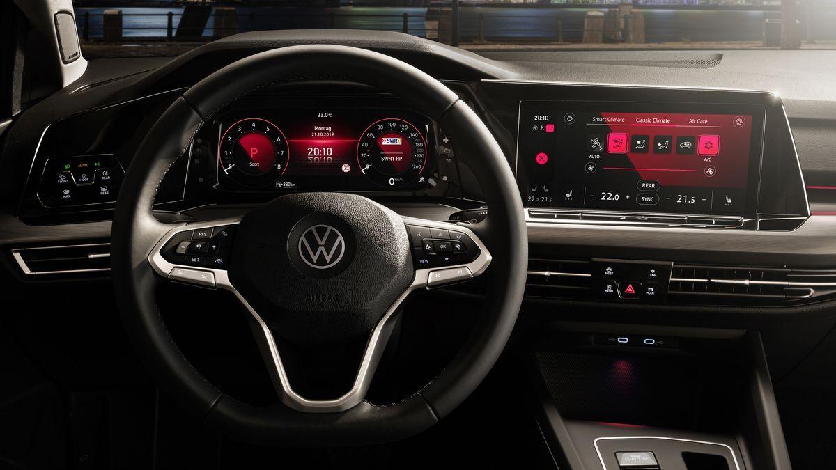 VolkswagenGolf_AutoRok_2019_15
